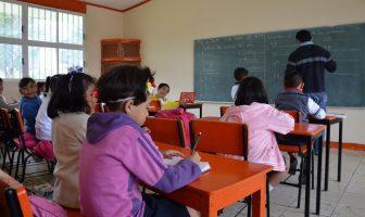 Escuelas tienen la obligación de estar abiertas o habrá sanciones