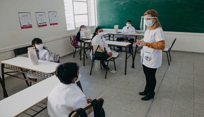 """Alfaro presume que el regreso a clases en la entidad ha sido """"exitoso"""""""