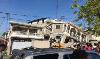 Terremoto de 7.2° sorprende a Haití; hay daños incalculables