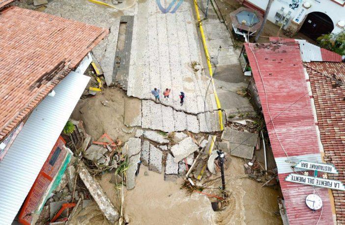 Reconstrucción de puente caído en Vallarta terminará hasta diciembre