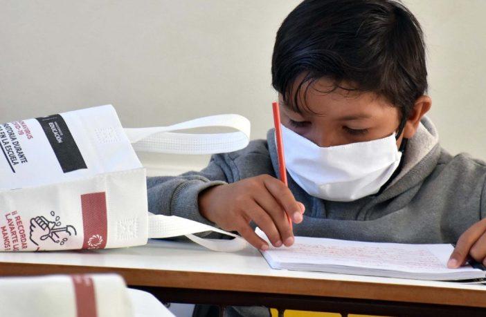 Poco a poco, siguen subiendo los contagios en menores de 14 años en Jalisco