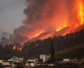 VIDEO. Lava destruye 180 casas en La Palma, España. Van 6 mil evacuados