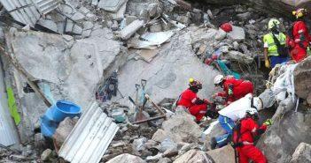 Despues de 11 días localizan los cuerpos de Paola y su hijo Dilan en Cerro del Chiquihuite